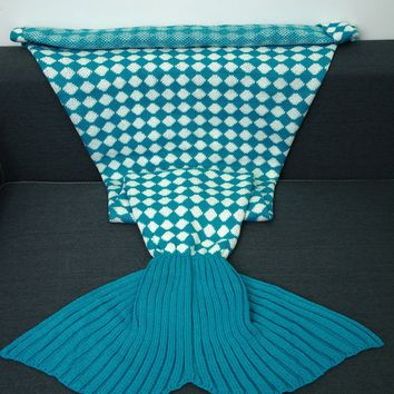 Inclined Plaid Pattern Knitted Mermaid Tail Blanket