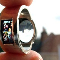 Portrait Projecting Wedding Ring | Goodmorning & Goodnight
