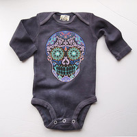 Purple Skull Romper. 0 3 month Gray Long Sleeve sugar skull clothes. Trendy baby clothes. Girl Boy Cute tshirt Kids one piece snap shirt