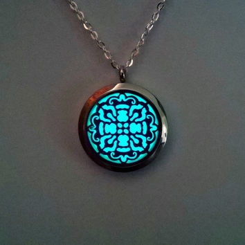 Glowing Necklace - Jewelry - Valentines Gift - Aqua Glow Pendant - Gift for Her - Girlfriend Gift - Mothers Day - Glow In The Dark