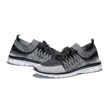 Men's Trendy Lightweight Breathable Running Shoes