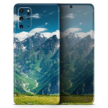 Scenic Mountaintops - Skin-Kit for the Samsung Galaxy S-Series S20, S20 Plus, S20 Ultra , S10 & others (All Galaxy Devices Available)