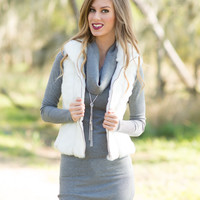 Mountain Song Faux fur Vest - White