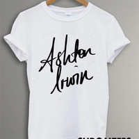 ashton irwin shirt 5 second of summer t-shirt printed black and white unisex size (CR-9)