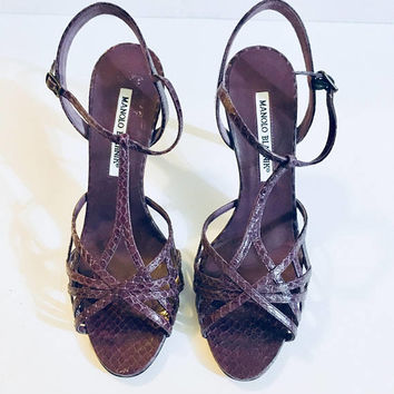 Designer MANOLO BLAHNIK Woman's Heels Size 37.5, Snakeskin Purple, Antique Alchemy