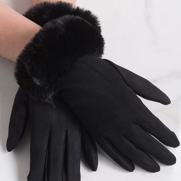 AKIRA Faux Fur Faux Suede Wrist Length Gloves in Black