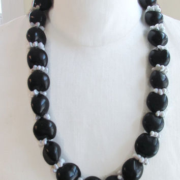 Vintage Black Kukui Nut Bead Lei Necklace