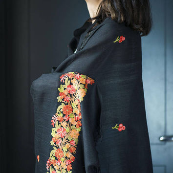 Vintage Floral Embroidered Shawl Large. Flowers Embroidery Wrap Black Wool. Boho Shawl with Fringes. Black Scarf Red Orange Flowers Fashion