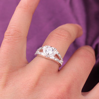 Gift New Arrival Stylish Jewelry Shiny Luxury Rhinestone Handcrafts Engagement Ring Ring [6573122311]