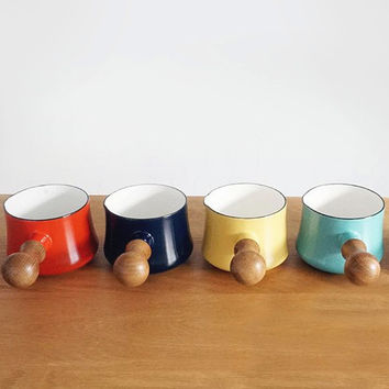 Simple Design Pot With Single Wooden Handle, Colorful Pottery Ceramic Bowl, Trendy Modern Design