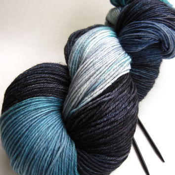 hand dyed yarn, hand painted yarn, handpainted yarn, superwash merino wool yarn, sock yarn, kettle dyed yarn, fingering, blue gray black