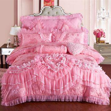 4/6/9pcs Lace heart princess wedding bedding sets queen king size duvet cover +quilted bedcover+pillow sham+cushion pink red