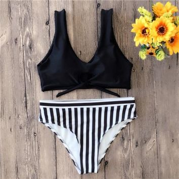2 Two Piece Bikini Bikinis 2018 Mujer Summer Women's Swimming Suit Solid Striped Swimwear Women Neon Halter Bikinis Two Piece Maillot De Bain Femme KO_21_2