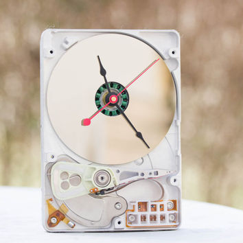 Desk clock from a recycled Computer hard drive - HDD clock - ready to ship - c0446