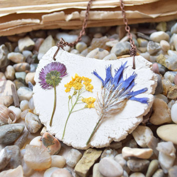 Ceramic Clay necklace with dried flowers,Moon necklace,Real flower necklace,Botanical,Nature,Floral,Pottery,Natural clay,Mountains jewelry