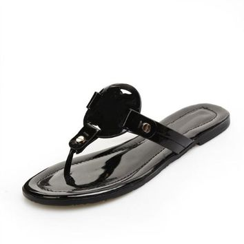 Fashion Brand Logo Designer Genuine Leather Sandals Outdoor Beach Flip Flop Flat Heel Slippers Casual Loafers Lady Women Shoes Sz 35-41