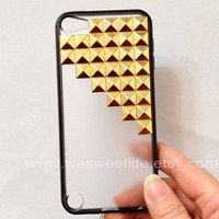 iPod Touch 5 Case, golden pyramid studs white translucent cover for iPod Touch 5, black Soft border case for Apple Ipod Touch 5