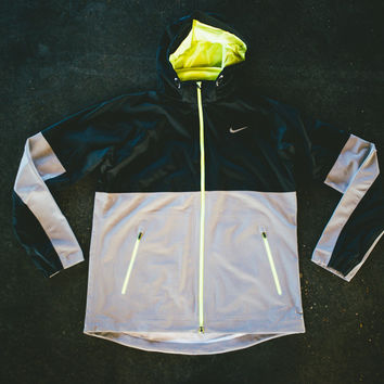 Nike Shield Dash Flash Jacket - 3M Neon - Sneaker Politics
