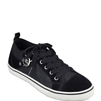 Maadet Quattro G Sneakers | GUESS.com