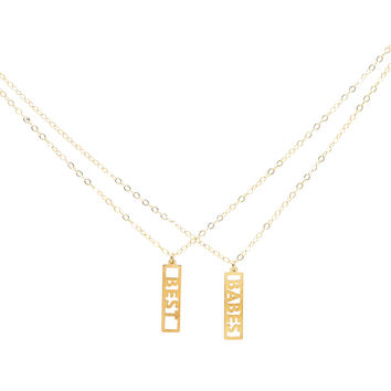 Best Babes Necklace Set