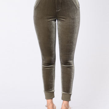 Get Up And Ready Pants - Olive