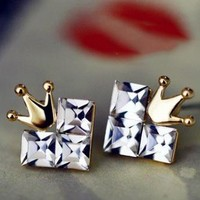 Fashion Cordate crown earrings