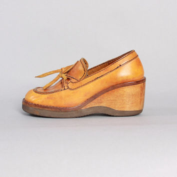 70s LEATHER Boho CLOGS/ Golden Brown Wood Wedge OXFORDS, 7
