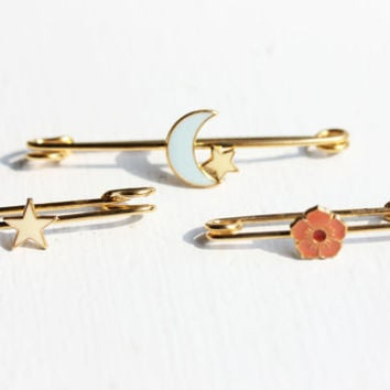 Assorted Vintage Safety Pin Set