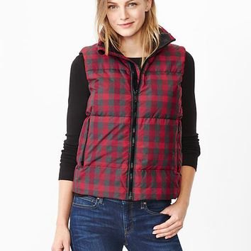 Gap Women Buffalo Plaid Puffer Vest