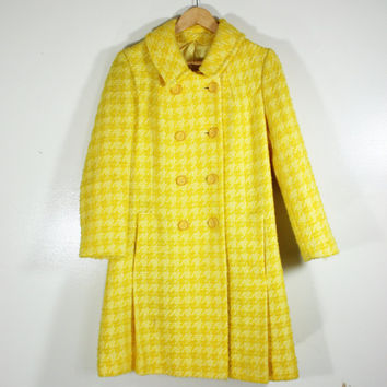 Vintage 1960's Mod Houndstooth Boucle Car Coat Mad Men Style