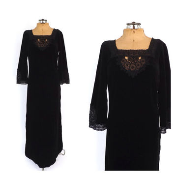 Vintage 1960s 1970s Black Crochet Lace Velvet Maxi Dress Bell Sleeves Boho Sundress Folk Hippie Mexican Peasant Gown Gypsy Medieval Dress