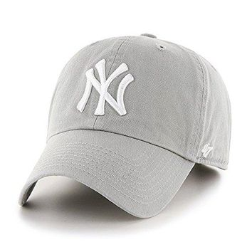 47 Brand New York Yankees Mens Cap Grey