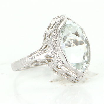 Vintage Art Deco Aquamarine Filigree 14 Karat White Gold Cocktail Ring Vintage Pre Owned