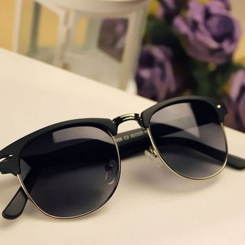 Vintage Design Sunglasses +Gift Box