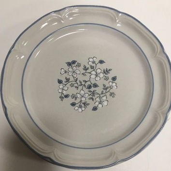 The Covington Edition Avondale Blue White Flowers Stoneware 5 Dinner Plates