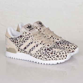 adidas ZX 700 B34330 Sneakersnstuff | from
