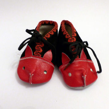 5c967644cdc195 New Cute Booties Soviet Vintage Leather Baby Boots Animal Face Black and  Red Baby Shoes Made