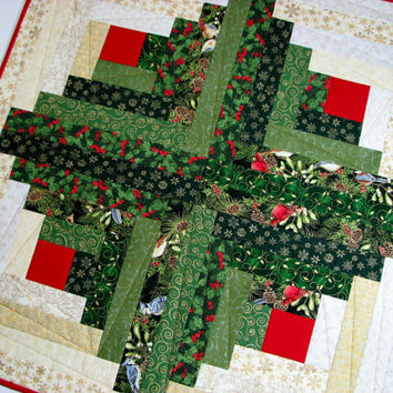 Quilted Table Topper , Christmas Table Topper , Scrappy Log Cabin , Green and Gold