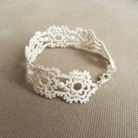 Floral lace bracelet - lace wedding jewelry