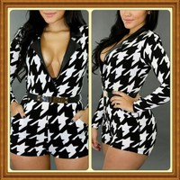 Boutique on the Go — Black/white romper belt