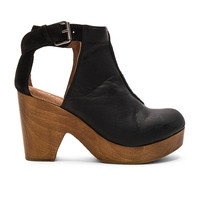 Free People Amber Orchard Clog in Black