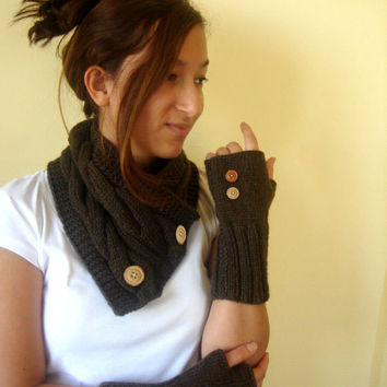 Autumn fashion./ Hand knit Neck Warmer / Scarf and gloves set :  brown  color. Special set. Gift guide