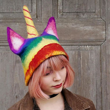 Rainbow unicorn hat, pussyhat with horn, LGBT pride parade, Women's Rights Hat, felted unicat, unicorn cat lovers, gay lesbian, TO ORDER!