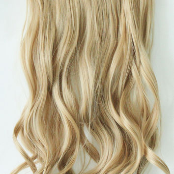 "20"" One Piece Hair Extension Wavy (25 Sandy Blonde)"