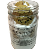 Milk N' Cookies-Chocolate Chip Cookie Candle