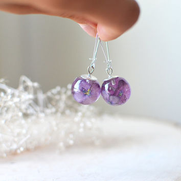 real flower earrings - resin jewelry, purple hydrangea, nature jewelry, eco resin jewelry, gift for a woman,