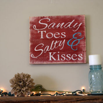 Sandy Toes & Salty Kisses Beach Sign Wood Beach House Sign Pallet Sign Distressed Wood Sign Shabby Chic Decor Rustic Chic Decor