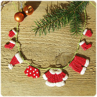 Christmas decor Santa's Laundry hanging on clothesline Mini Funny garland