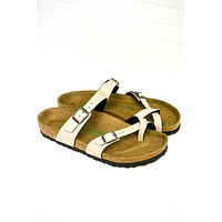 Mayari Vegan Birkenstocks | Pull Up Stone