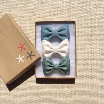 Tiny pineapple and textured teal Seaside Sparrow hair bow lot.  Perfect birthday gift for any girl.